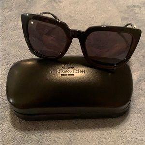 NWT COACH Women's Square Chain Sunglasses